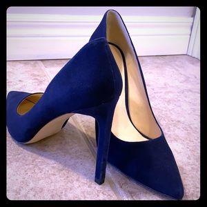 Nine West velvet heels size 11
